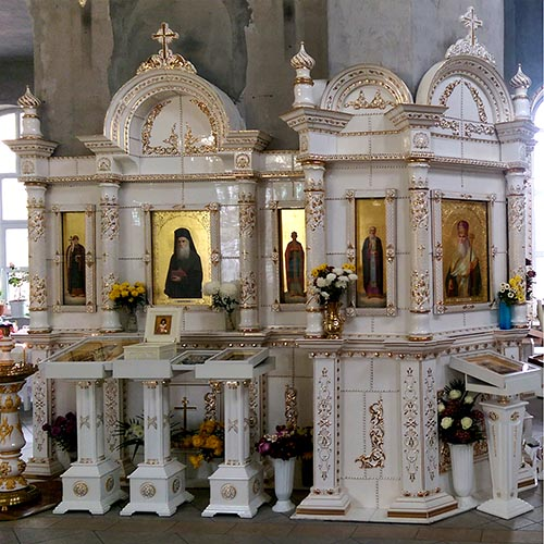 The iconostasis made to order
